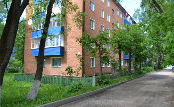 Двухкомнатная квартира в центре Волоколамска (Рижское шоссе, д.11)
